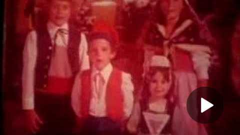 McDonalds Merry Christmas World 1975