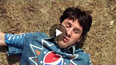 Pepsi Commercial (World Cup 2010) Messi, Henry, Arshavin, Drogba, Lampard, Kaka