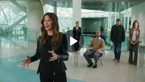 Jennifer Garner behind the scene for Capital One commercial